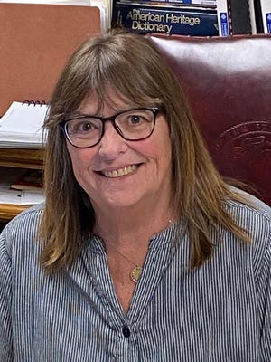 Sarah Oswald, Acting Mayor of Carlinville