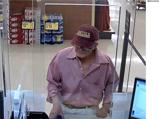 Scottsdale police say this man robbed a Wells Fargo Bank inside a grocery store on Nov. 28, 2016.