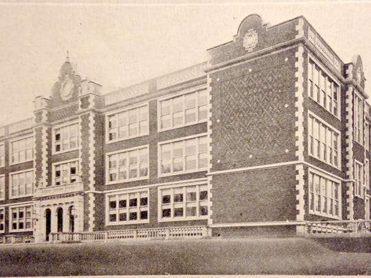 Binghamton High School, as it appeared about 1930.