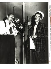 Tommy Dorsey (L) and Frank Sinatra at the RCA Victor Studios in 1941.