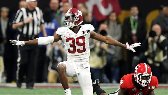 Where does Alabama's Levi Wallace project to go in the 2018 NFL draft?