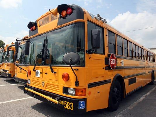 636162934598856513-5-bus-mhc.jpg