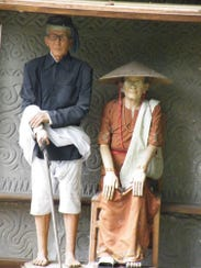 Realistic wooden effigies