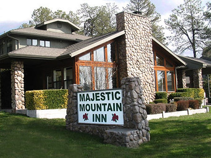 Payson's Majestic Mountain Inn has room rates that fit any budget.