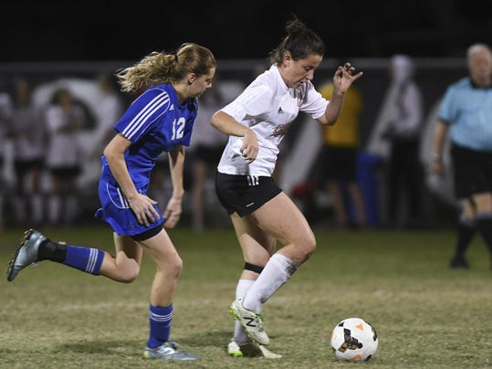 High School Soccer: Heritage at Edgewood