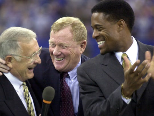 11/17/02 --- Fomer Colts coach Ted Marchibrodaleft shares a laugh with Colts president Bill Poliancenter and Bill Brooks as he was inducted in the Colts Ring on Honor at half time of their game Sunday afternoon at the RCA  Dome. The Colts defeated the Cowboys 20-3. (Matt Kryger Photo) with story File #77721