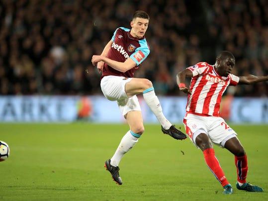 Britain_Soccer_Premier_League_88808.jpg