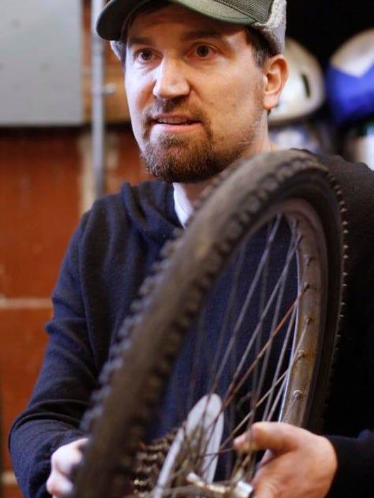 SAL0216-Causes Bike Shop secondary