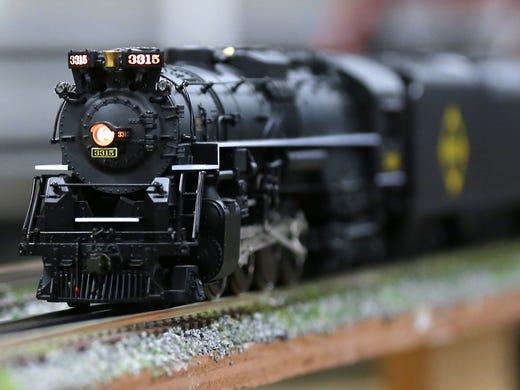 Carmel train shop preserves once-popular hobby