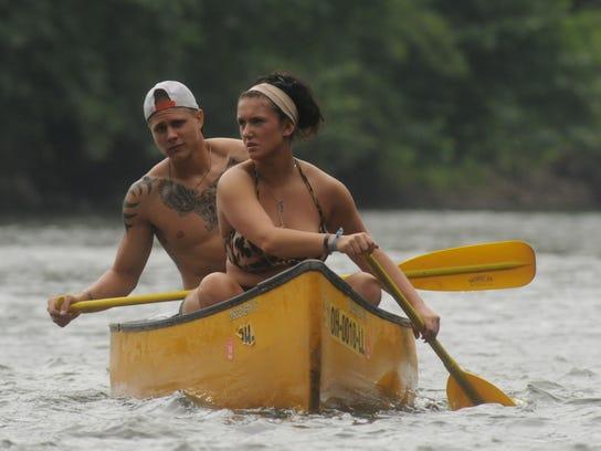 MNJ canoe 02.JPG