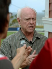 Cincinnati Reds president Walt Jocketty and other members of front office finalized agreement with Blue Wahoos last week during visit to Pensacola for the Southern League divisional playoffs.