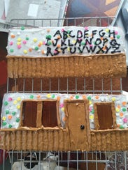Decorating gingerbread walls is easier to do flat,