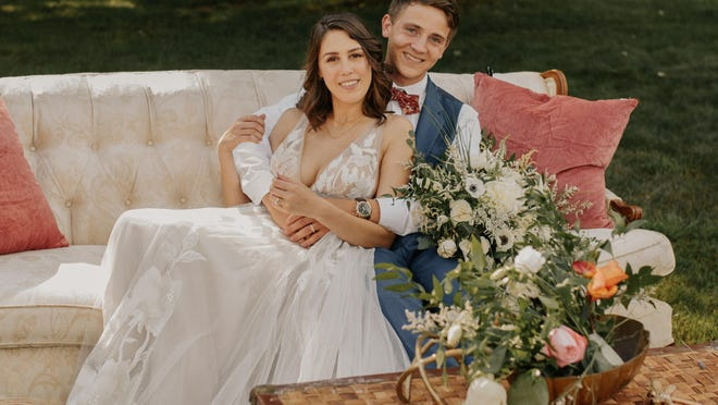 James and Camille Shuttleworth used Erie Pop Up Wedding & Events for their wedding.