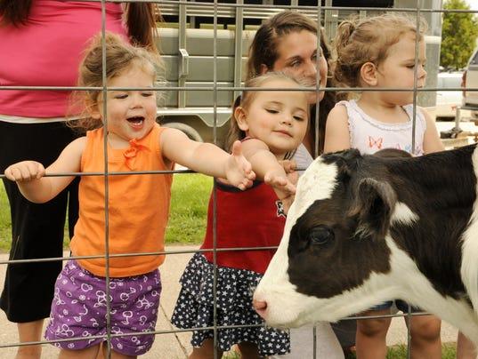 farm kids.jpg