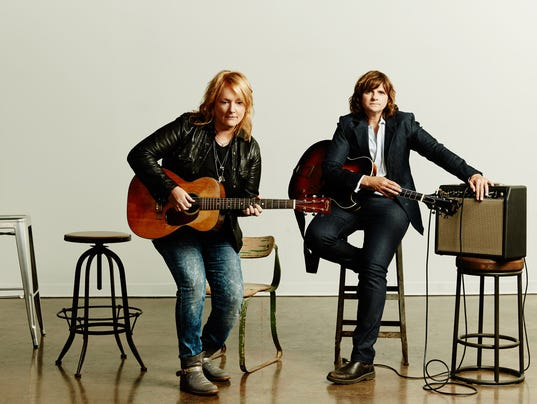 Upac Indigo Girls Set To Deliver Layered Harmonies And Guitar Grooves