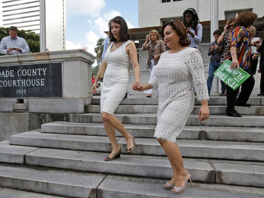 miami judge weds gays and lesbians after ruling against ban