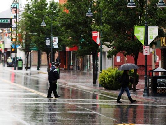 REN Reno rain 04