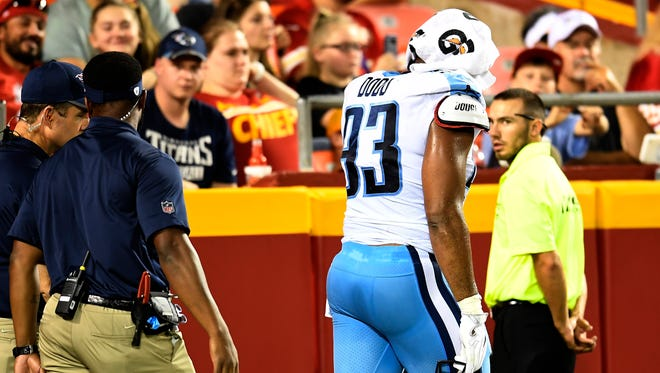 Titans linebacker Kevin Dodd (93) walks to the locker room with a hip contusion during a preseason game against the Chiefs last season.