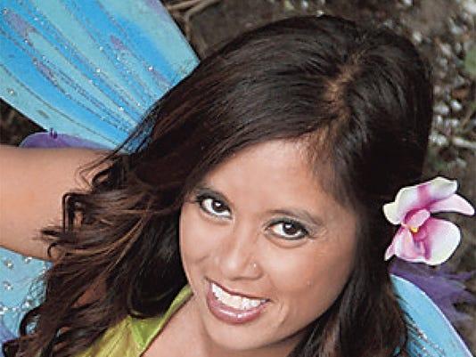 Bella Raela 2011