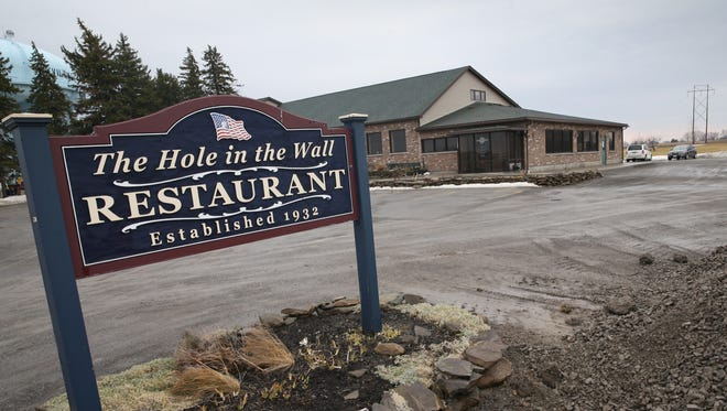 The Hole in the Wall Restaurant in Perry Friday, March 24, 2017.