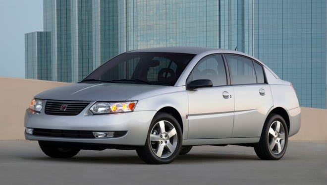Saturn Ions from 2004 to 2007 use the same power steering system that caused a recall of 1 million Chevrolet Cobalts in 2010. Federal officials have duplicated the steering problem in Saturns, but the Ions  haven't been recalled. A 2006 Saturn Ion is shown.