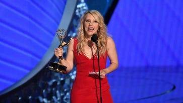 If Kate McKinnon cried when she accepted the award for Outstanding Supporting Actress In A Comedy Series, then she's probably bawling now that Hilary Clinton congratulated her.
