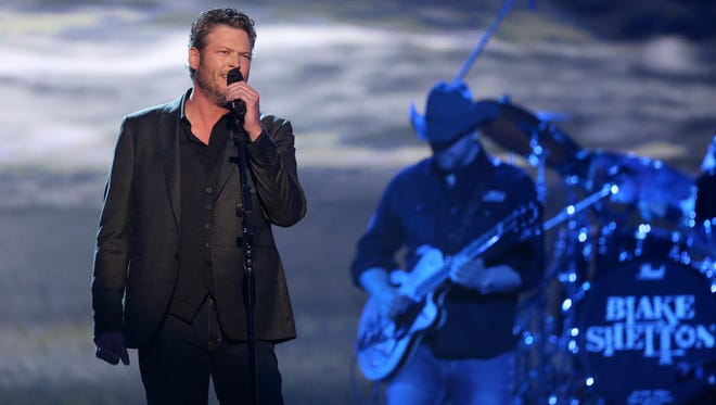 Miranda Lambert may have 'Came Here to Forget' at the ACMs, but Blake Shelton had other plans.