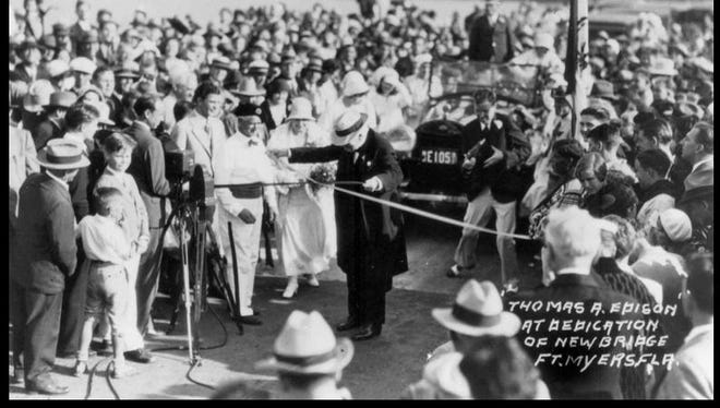 More than 83 years after this photo was taken, Pat Mellor can easily spot her future husband in this crowd, which had gathered for the dedication of the Edison Bridge.