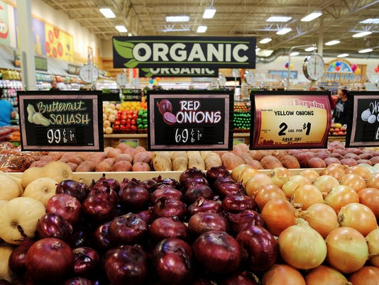 Scenes from the soft opening of Sprouts Farmers Market's first store in Reno, Sept. 12, 2017.