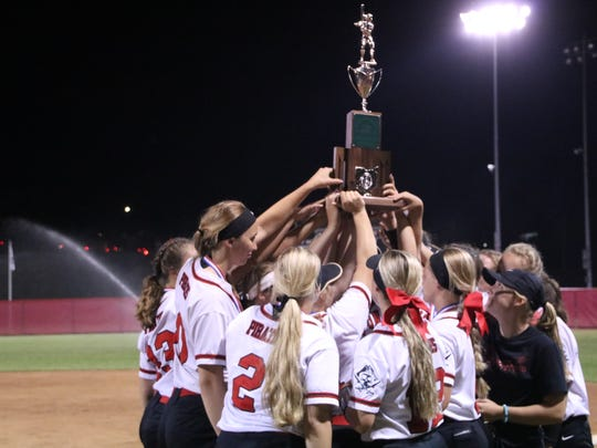 Cardington's softball team hoists the Division III