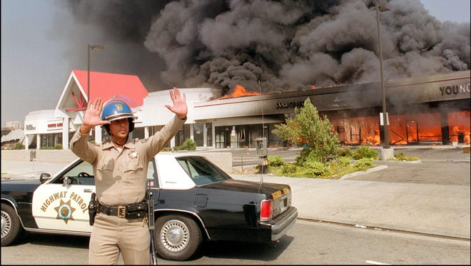 25 Years After L A Riots Dodgers Lakers Reflect On Violent Week