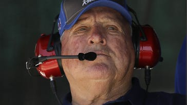 A.J. Foyt planning to undergo stem cell therapy