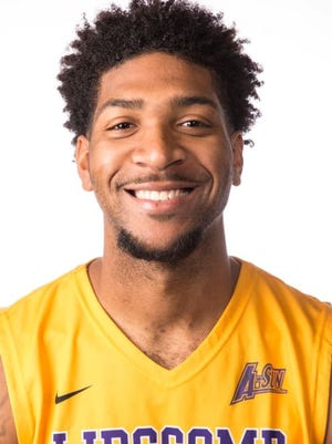 Lipscomb's Josh Williams, who was averaging 12.6 points per game, will miss the remainder of the season with an ACL tear.