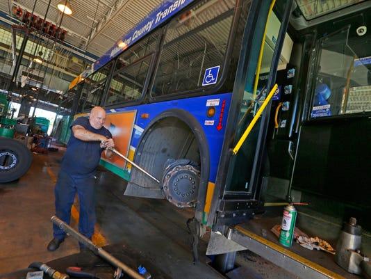 636093017979595594-trans-bus.jpg