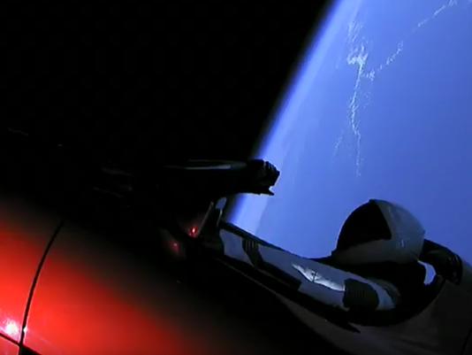 636535301491047446-tesla-launch.png