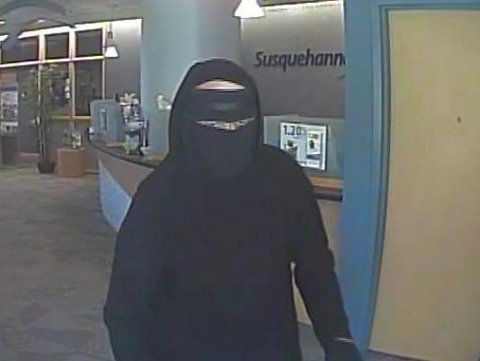 camden.robbery.1.jpg
