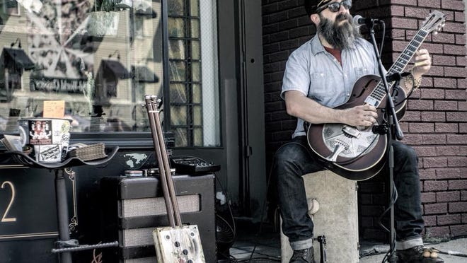 Big Jon Short will perform at 5 p.m. Aug. 21 at Samuel Slater's in Webster  and at 1 p.m. Aug. 23 at Wormtown Brewery in Worcester.