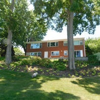 Have $500,000? You could buy Ted Thompson's riverfront house in De Pere