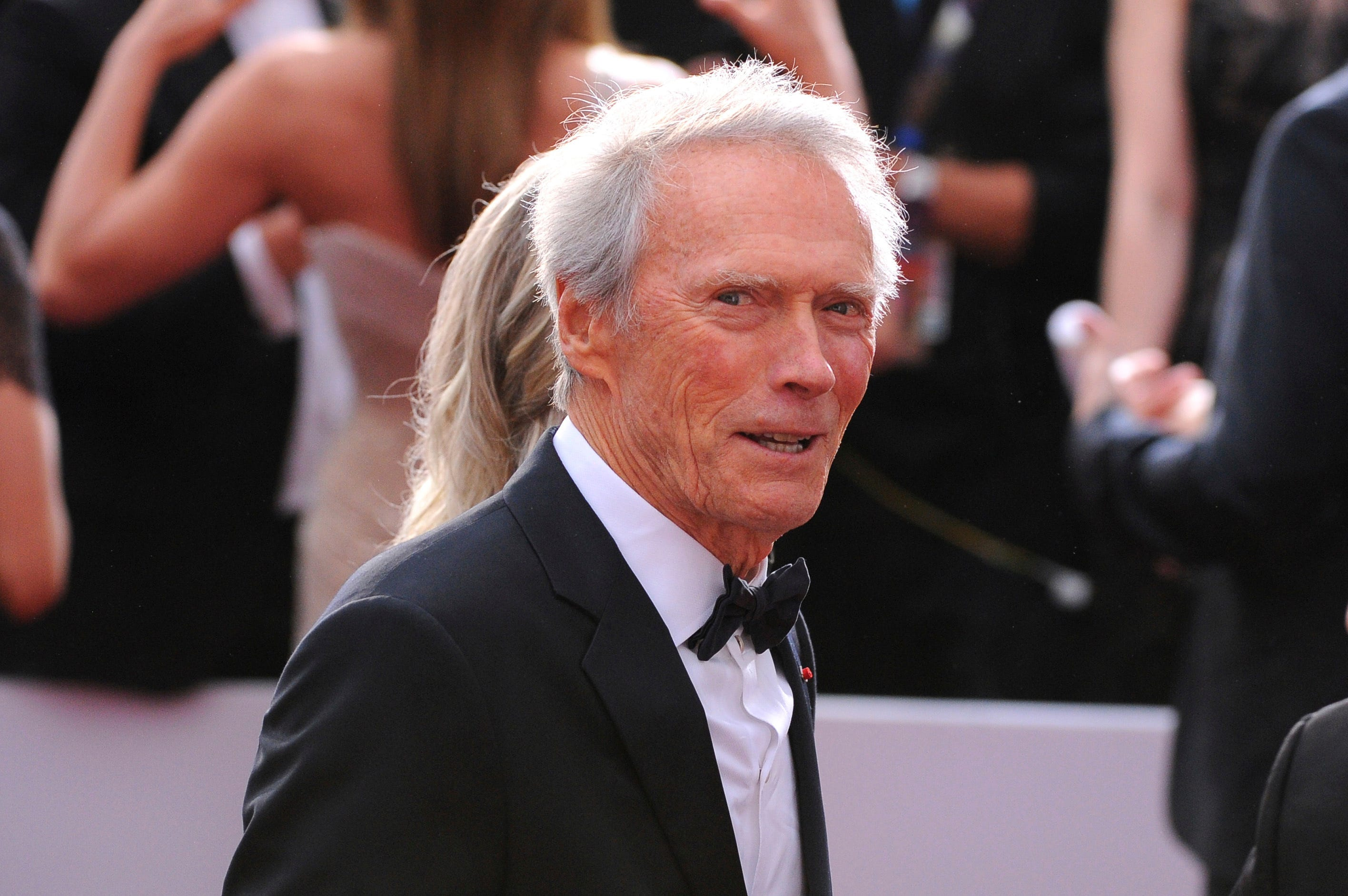 See Clint Eastwood Turn Drug Runner and Evade Bradley Cooper in The Mule' Trailer