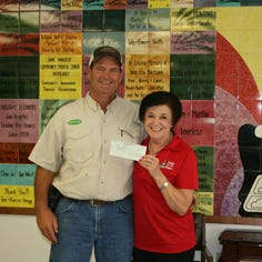 San Angelo's Meals for the Elderly gets $10,000 from Monsanto Fund for rural delivery