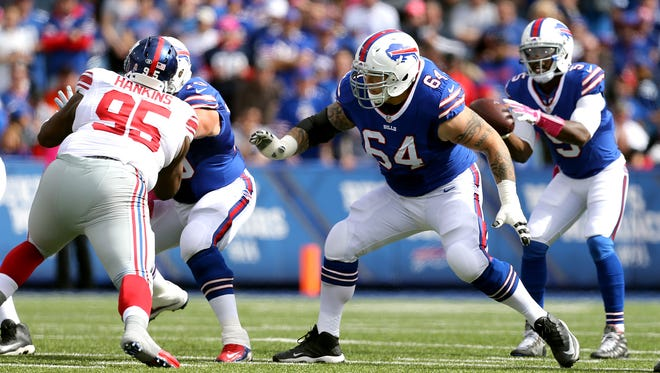 Bills offensive lineman Richie Incognito drops to pass block.