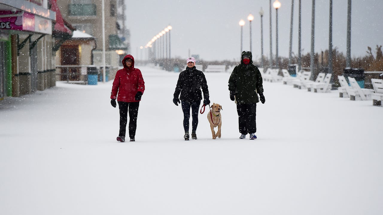 Bethany Beach area residents talk about the big snow on Saturday, Jan. 7, 2017.