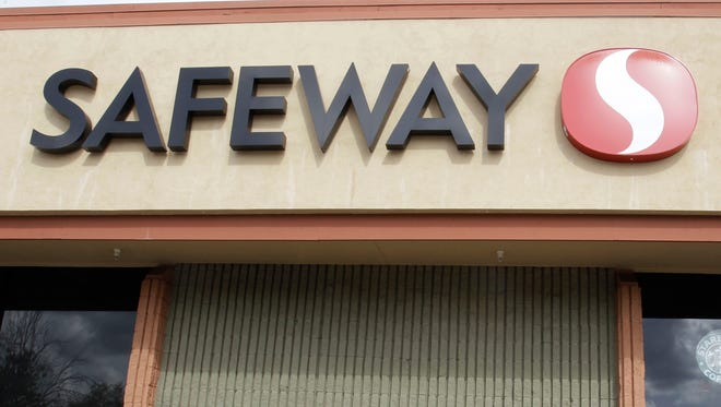 Safeway will close one of its Glendale stores.