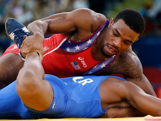 09-02-13-wrestling