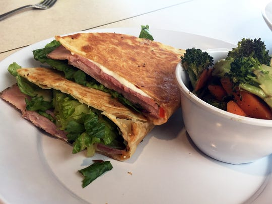 Rosemary ham and mozzarella piadina with roasted vegetables