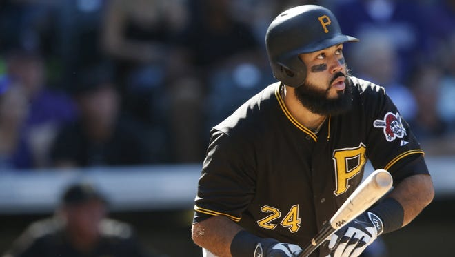 A person familiar with the negotiations says former Pittsburgh Pirates slugger Pedro Alvarez and the Baltimore Orioles have agreed to a $5.75 million, one-year contract.
