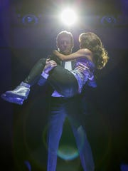 Judson Mills and Deborah Cox in the touring production