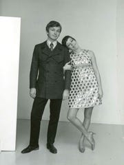 Carol Burnett (right) and designer Bob Mackie strike