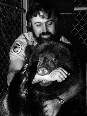 Zookeeper Ron Musil and Ursula the bear bond at the Milwaukee County Zoo in this photo, first published on Nov. 9, 1978.