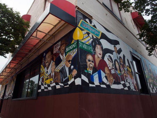 Belmont and DeVilliers Murals
